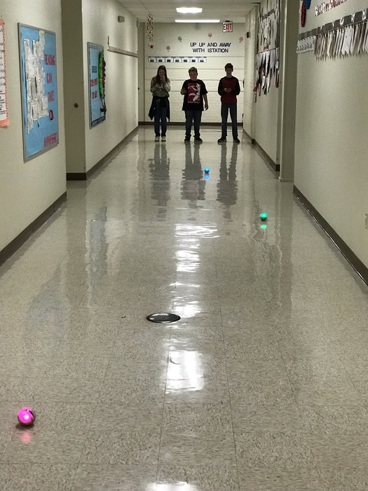 6th grade Spheros challenge in Science today!