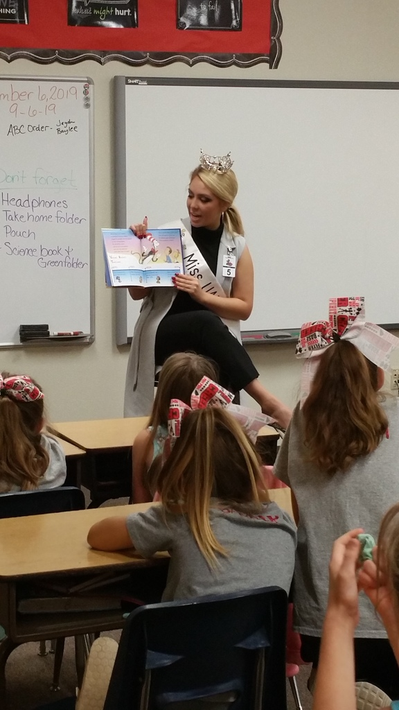 "Allison Thompson, Miss UAFS, visited the 4th-grade classrooms on Friday, September 6, 2019.  She shared her platform ""We The People"" and shared with the students the importance of voting and being active in our communities.  She read to the class, answered questions, gave hugs and high fives, and even let the students touch her crown!"
