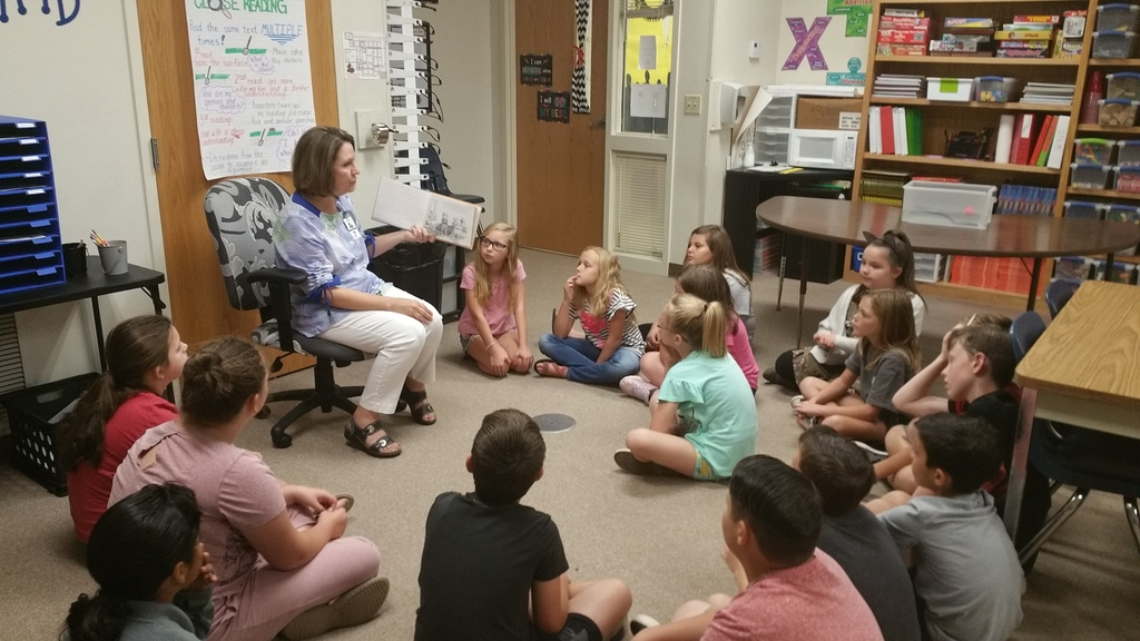 retired UAFS professor visited 4th grade on September 3.  She read to the class and shared a lesson about Cause and Effect.  She helped the students to identify the causes of Alexander's Horrible, Terrible, No Good, Very Bad Day and then had students identify the causes and effects of water waves based on observations.